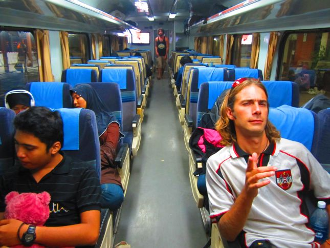 Train from Kuala Lumpur to Singapore