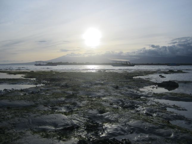 Gili Trawangan beach sunrise
