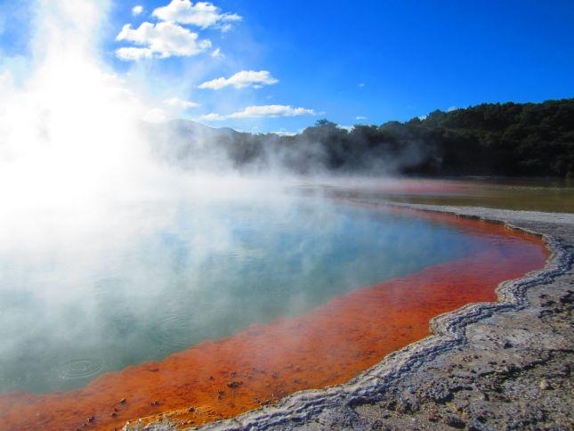 Champagne Pool, Wai-Tapu Thermal Wonderland, North Island, New Zealand