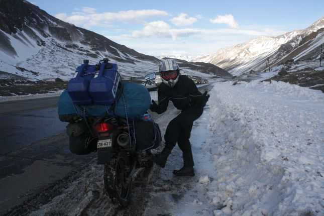 chile-argentina-los-libertadores-border-cold.JPG