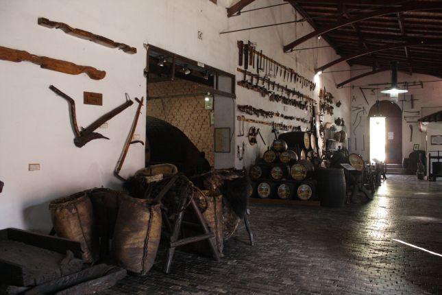 mendoza-wine-museum-san-felipe-la-rural-tools.JPG