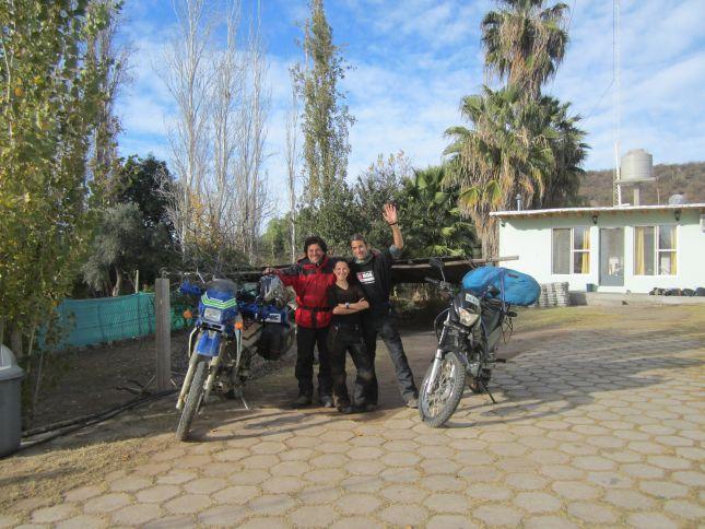 san-agustin-de-valle-fertil-bikers-farewell.JPG