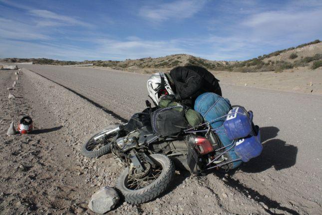 dropped-bike-ruta-40-catamarca-argentina.JPG