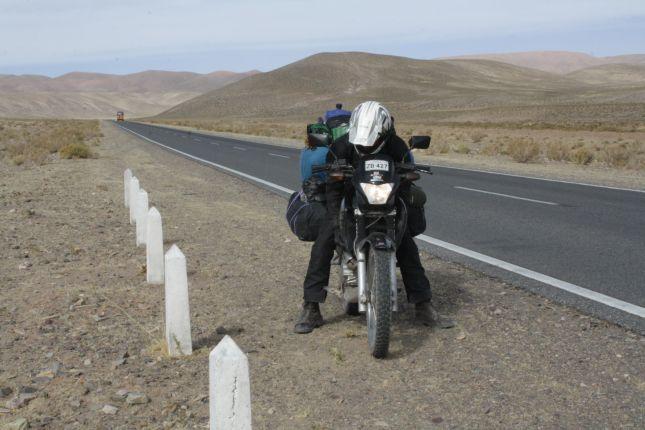 hand-warming-on-motorbike.JPG