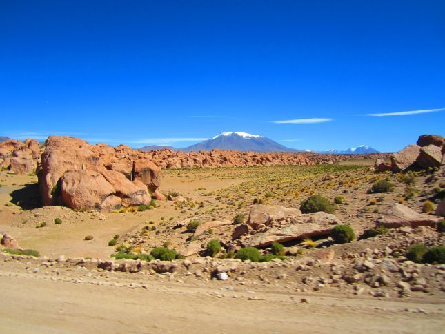 road-ollague-to-uyuni-1.JPG