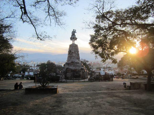salta-argentina-statue-1.JPG