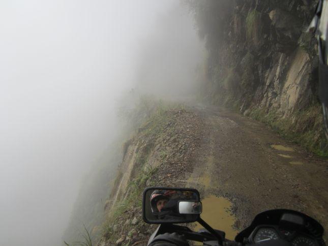 death-road-foggy-start.JPG