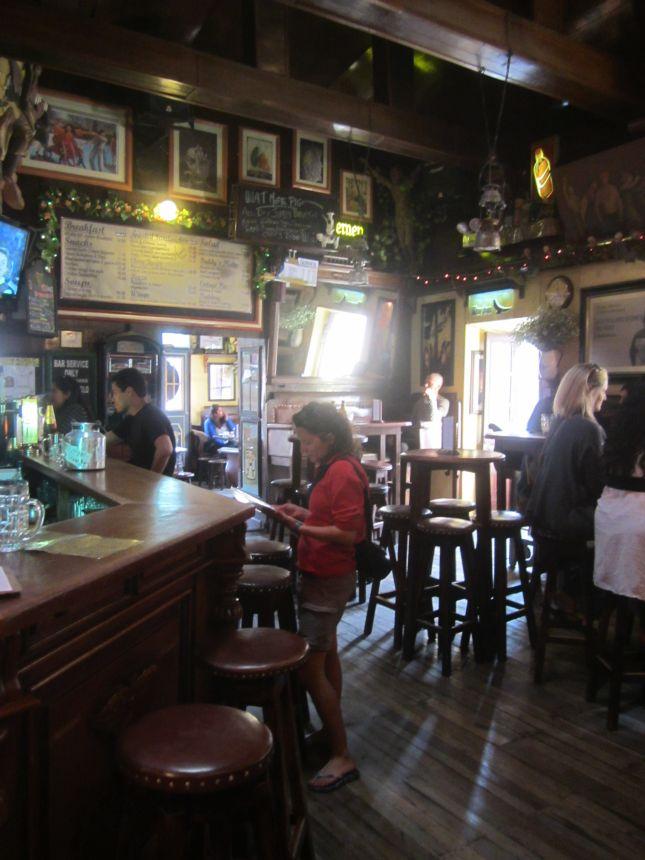 irish-pub-cuzco.JPG