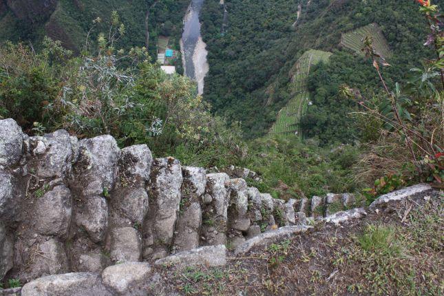 machu-picchu-steps-1.JPG