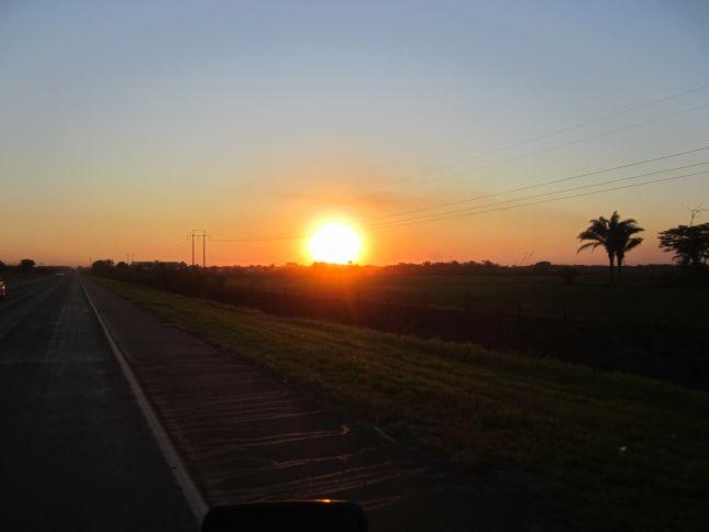 sunset-road-samaipata-villa-tunari.JPG
