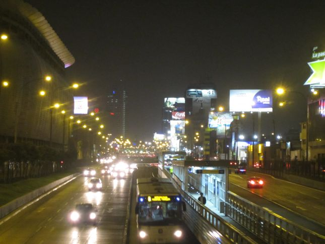 lima-city-night.JPG