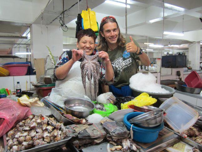 lima-mercado-central-seafood.JPG