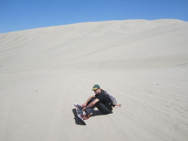sandboarding-huacachina.JPG