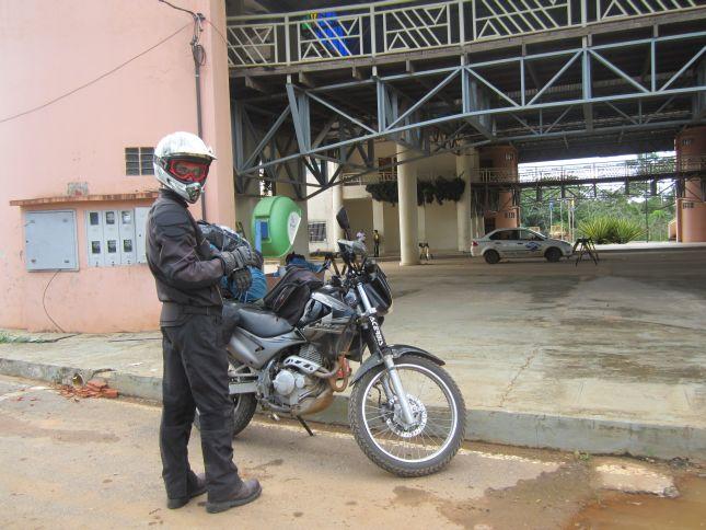 brazil-assis-border.JPG