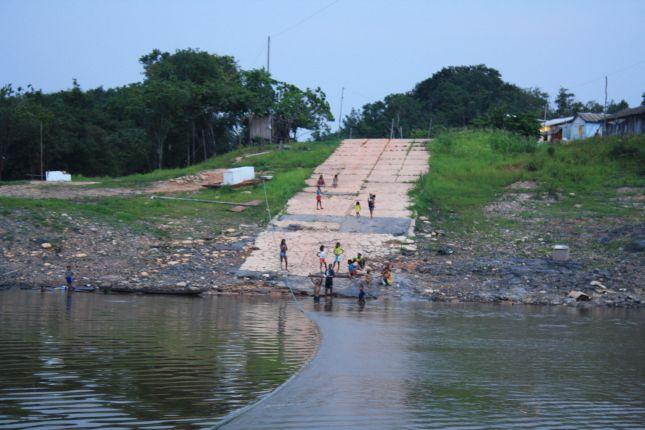igapo-acu-river.JPG