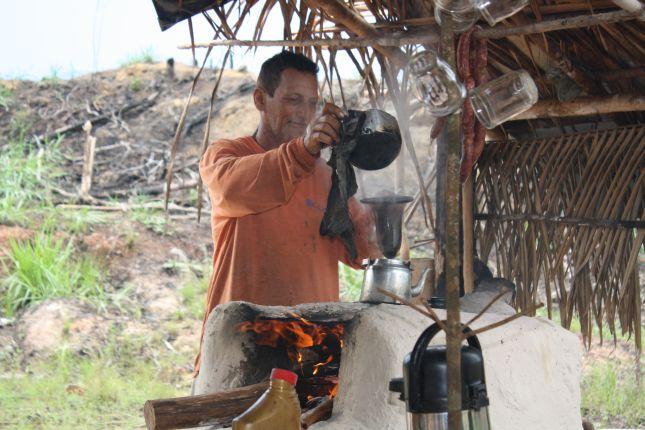 making-jungle-coffee.JPG