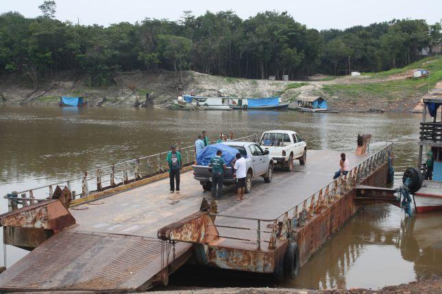 malaria-crew-leaving.JPG