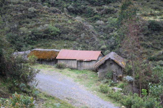 mountain-people-houses.JPG