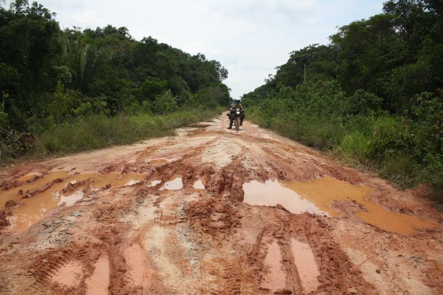 road-condition-BR319-3-mud-pit.JPG