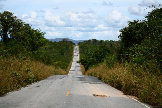 road-to-pacaraima-border-town.JPG