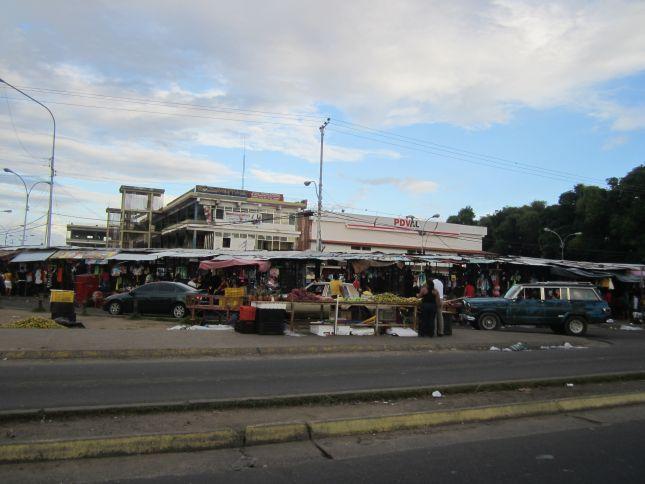 gran-sabana-town.JPG