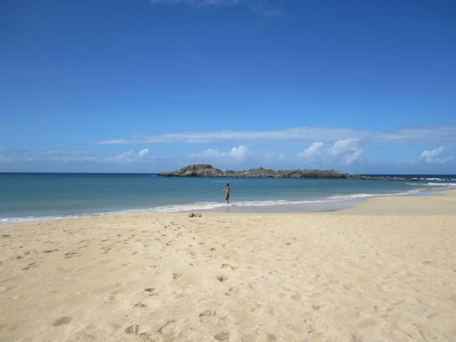 isla-margarita-beach-fishing.JPG