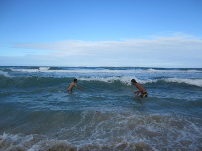 isla-margarita-waves.JPG