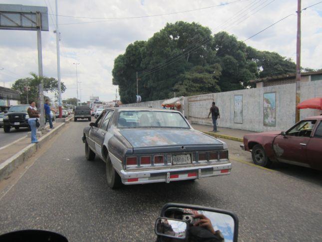 old-cars-venezuela-1.JPG