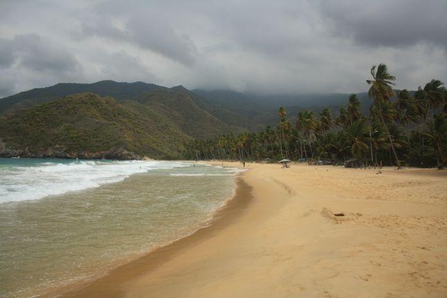 puerto-colombia-beach.JPG