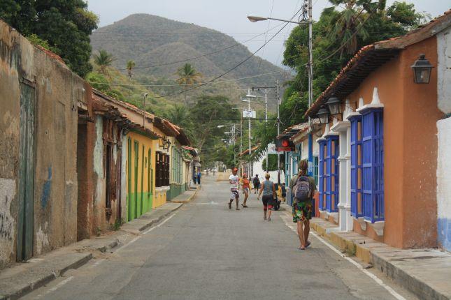 puerto-colombia-street-1.JPG