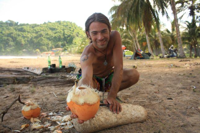 puipui-2-coconut.JPG