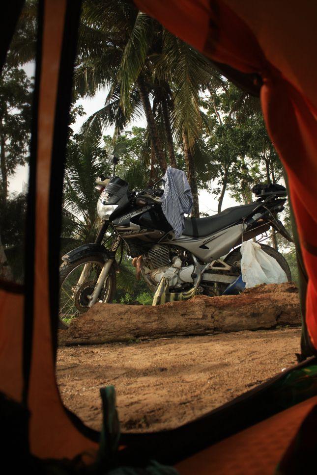 puipui-2-tent.JPG