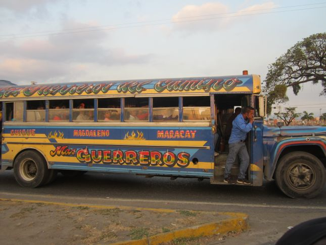 venezuela-bus.JPG