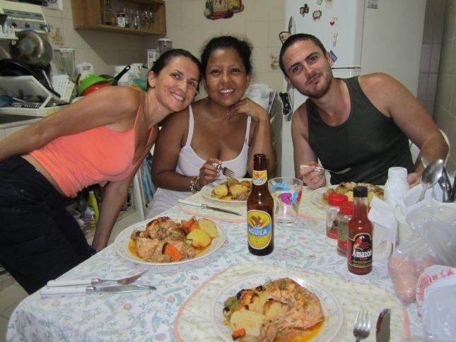 barranquilla-dinner-with-friends.JPG