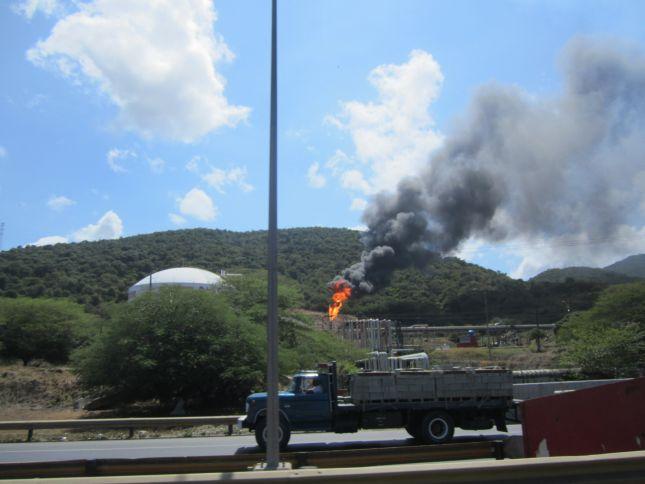 petroleum-plant-2-maracay-valencia.JPG
