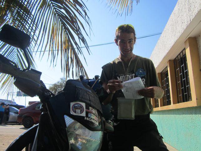 venezuela-colombia-border-aduana.JPG