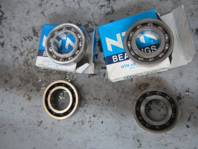 nx4-cam-shaft-bearings.JPG