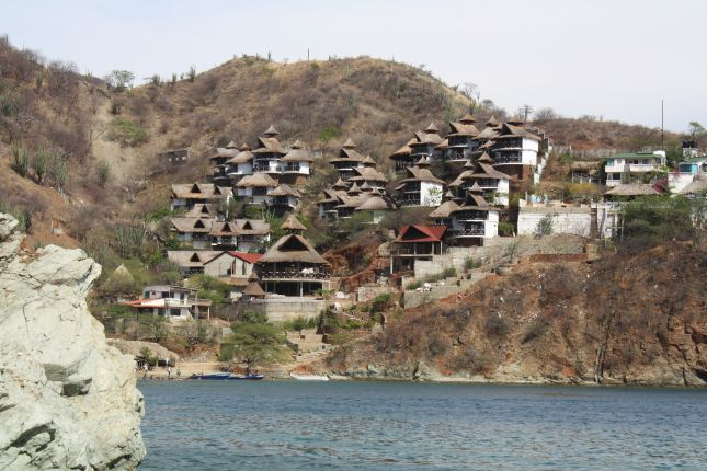 taganga-other-bay-chalets.JPG