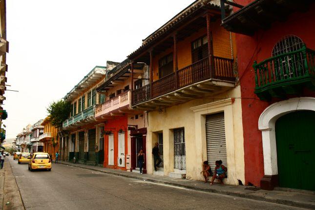 cartagena-street-architecture-1.jpg