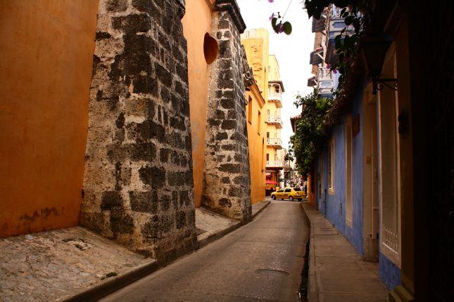 cartagena-street-architecture-10.jpg